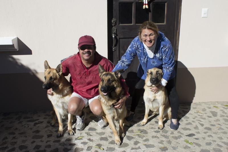 Maria Eduardo and The Dogs_1